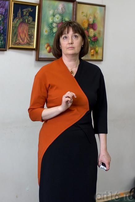 Директор галереи ʺСакураʺ Степанова Наталья Викторовна::Танец цветов. Выставка