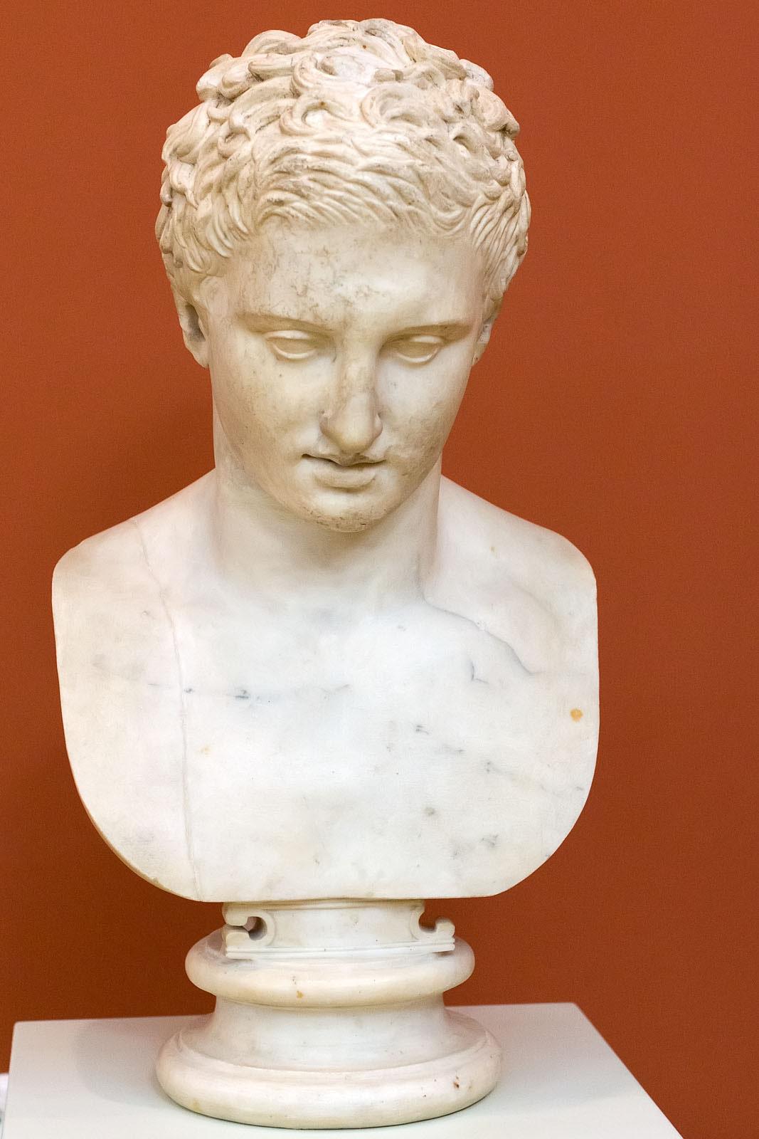 Фото №149867. Голова статуи атлета