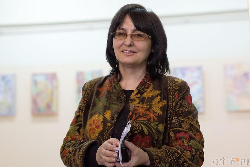 Фото №150533. Расиха Фаизова, редактор отдела искусств газеты ''Шахри Казан''