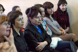 На открытии выставки Анвара Сайфутдинова в редакции газеты