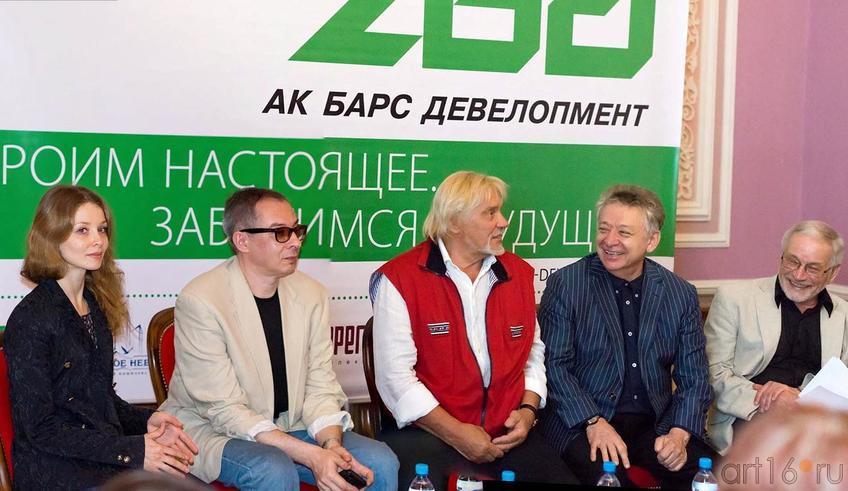 Фото №153793. Евгения Образцова, Владимир Васильев, Рауфаль Мухаметзянов, Владимир Яковлев