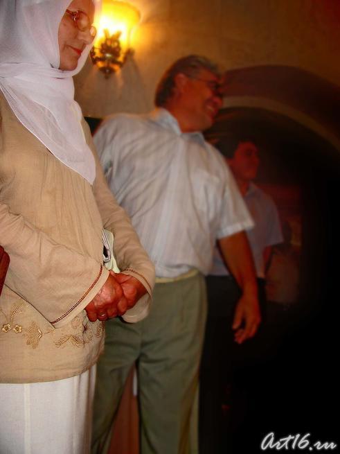 На церемонии открытия выставки шамаилей Н. Наккаша::Наджип Наккаш «Вдохновленный Кораном и Тукаем…»