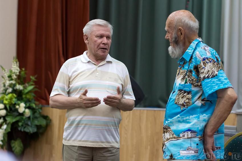 Ренат Харис, Владимир Попов::Владимир Попов. Выставка «Единение»
