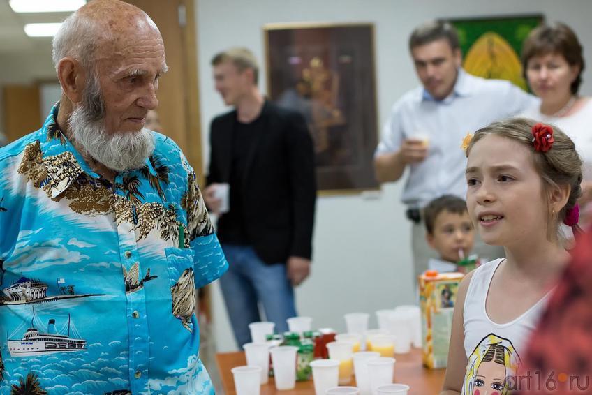 Владимир Александрович Попов::Владимир Попов. Выставка «Единение»
