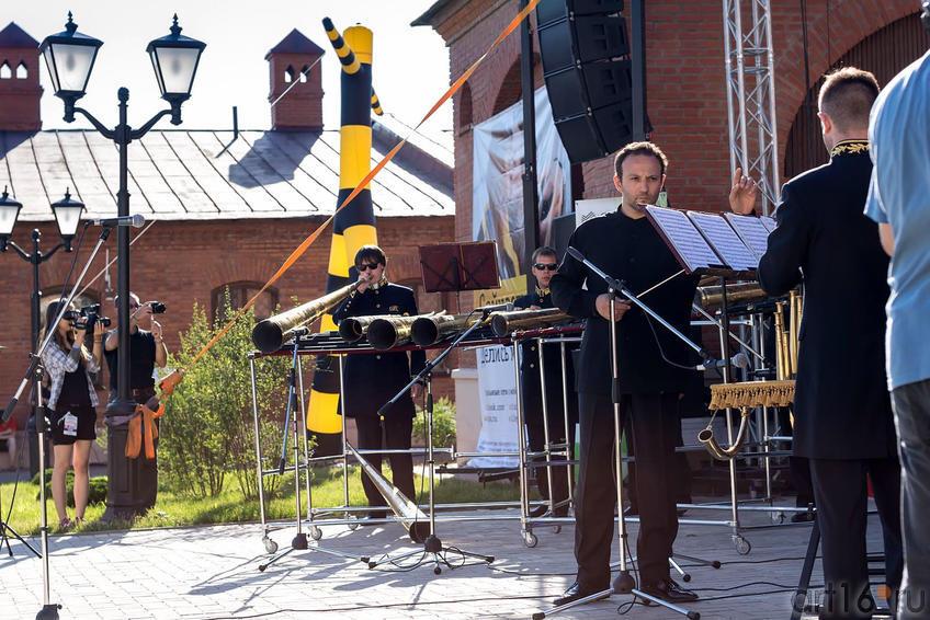 Фото №164552. Российский роговой оркестр под упр. Сергея Поляничко (Санкт-Петербург). Kremlin Live-2013