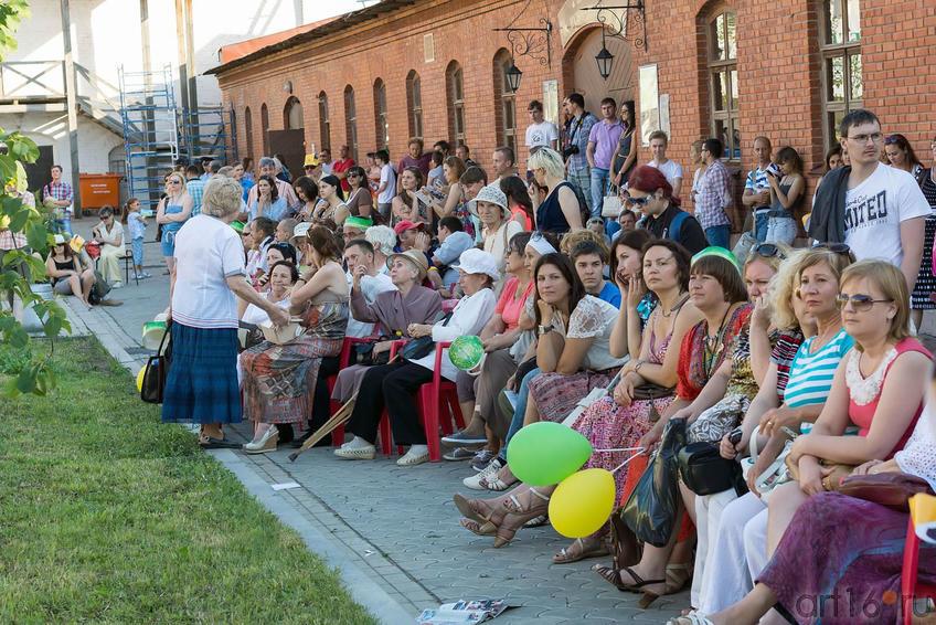 На концерте в Пушечном дворе. Kremlin LIVE -2013::V Фестиваль Современной Культуры Kremlin LIVE'13
