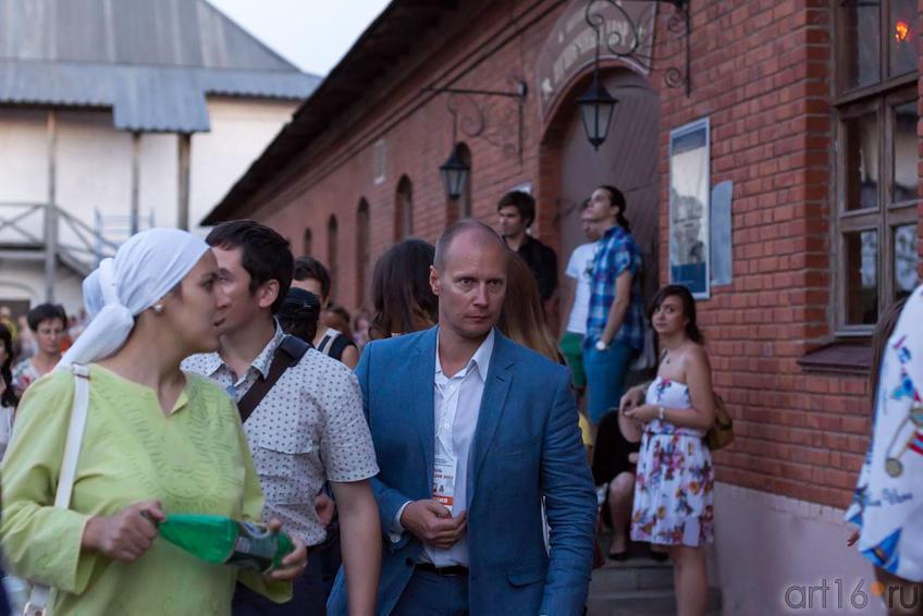 Фото №164930. Валерий Коротков (в центре)