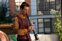 На II Международном фестивале еврейской музыки. Алла Рид и ее бэнд  ( участник  коллектива)