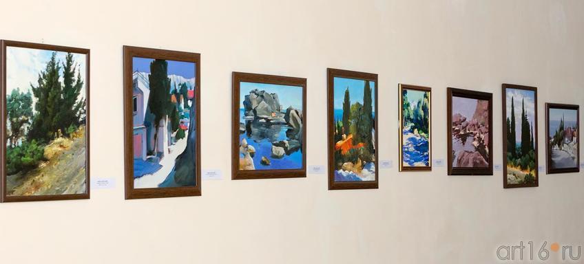 Фото №173292. Р.Мингазов. Фрагмент экспозиции выставки
