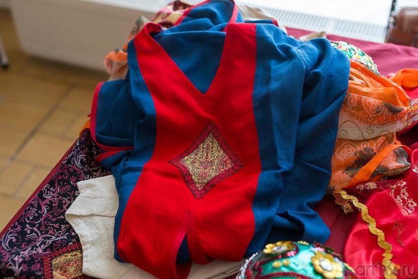 Туника (Иран)::Выставка «Неделя дружбы женщин Ирана и Татарстана»