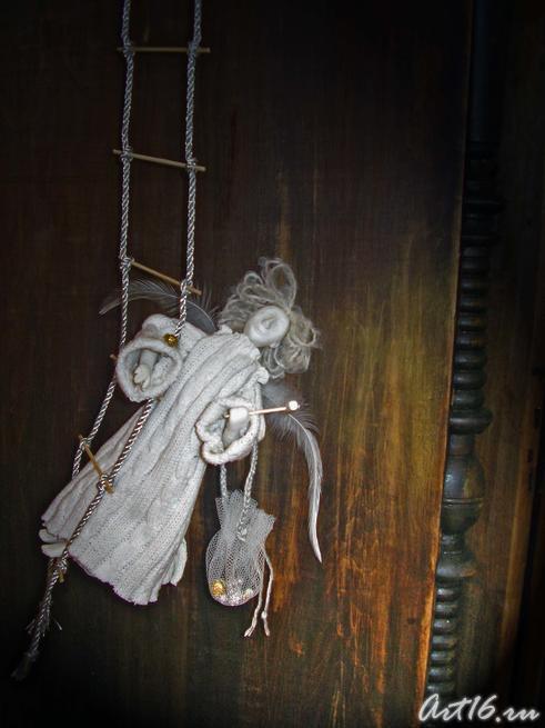 Фрагмент экспозиции «Вертеп» 2007 Ермолина Елена, Юсупова Марина::«С Рождеством и Новым годом!»