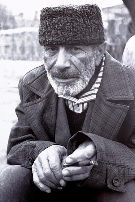 Р.Якупов. Портрет  Хайри АГА. 1994::Выставка «Искусство крымских татар»