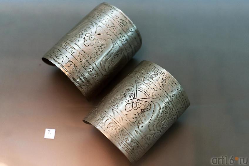 Фото №179012. Асанов О.А. Блезлик-традиционные парные браслеты. 1992