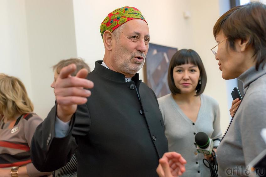Мамут Чурлу, художник, дизайнер::Выставка «Искусство крымских татар»