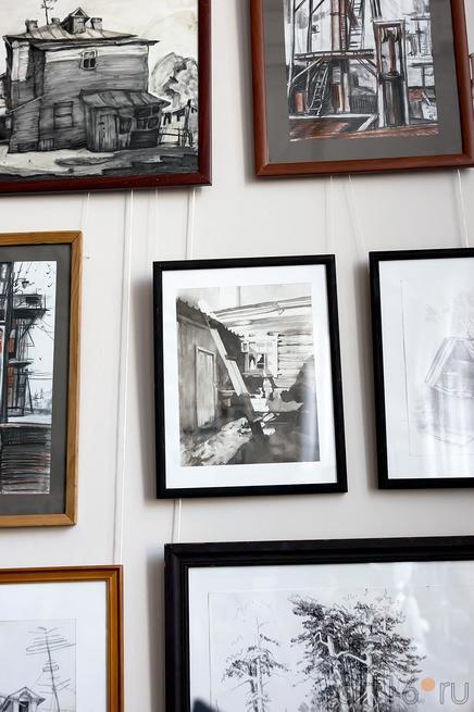 Фрагмент экспозиции выставки работ летней практики студентов филиала МГАХИ::Экскурсия по МГАХИ им. Сурикова