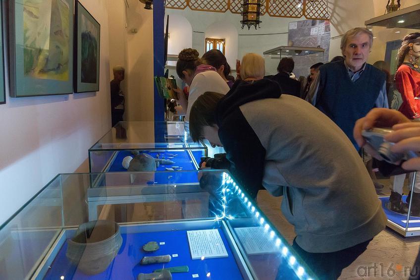 Фото №181843. На выставке «Аркаим — Зазеркалье: XXI век до нашей эры -XXI век нашей эры»
