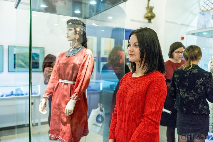 Фото №181939. На выставке «Аркаим — Зазеркалье: XXI век до нашей эры -XXI век нашей эры»