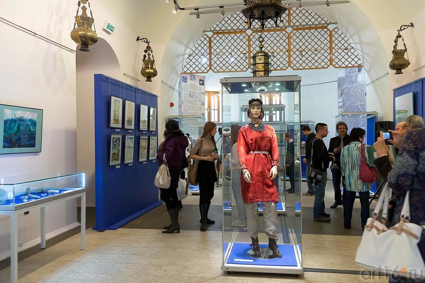 На выставке «Аркаим — Зазеркалье: XXI век до нашей эры -XXI век нашей эры»::Аркаим