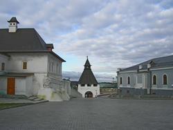 Братский корпус Спасского монастыря, Преображенская башня, Манеж