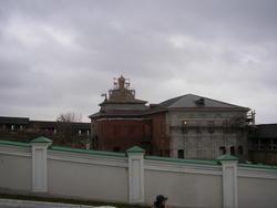 Реставрируемое здание Спасо-Преображенского монастыря