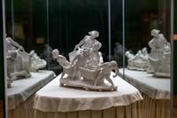 ЖОЗЕФ ШЕРЕ 1838-1894 Настольное украшение. 1897 (?) Неглазурованный фарфор (бисквит) Севрская фарфоровая мануфактура