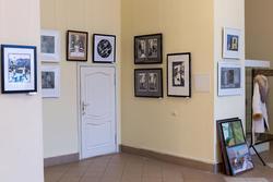 Фрагмент экпозиции выставки ''Молодая графика''