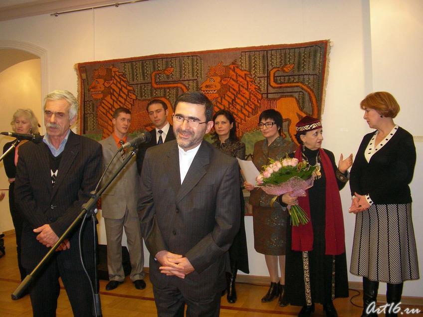 Реза Багбан Кондори::«Изобразительные ковры и каламкары мусульманского Востока»