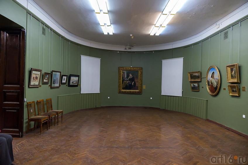 Фото №211762. Зал с работами из коллекции Гейнц