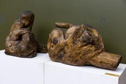 КОНЕНКОВ СЕРГЕЙ ТИМОФЕЕВИЧ. 1874-1971 ЛЕДА И ЛЕБЕДЬ. До 1920 Дерево