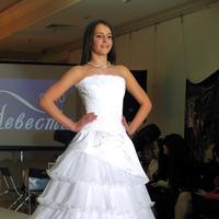 Дефиле в свадебных платьях _0986