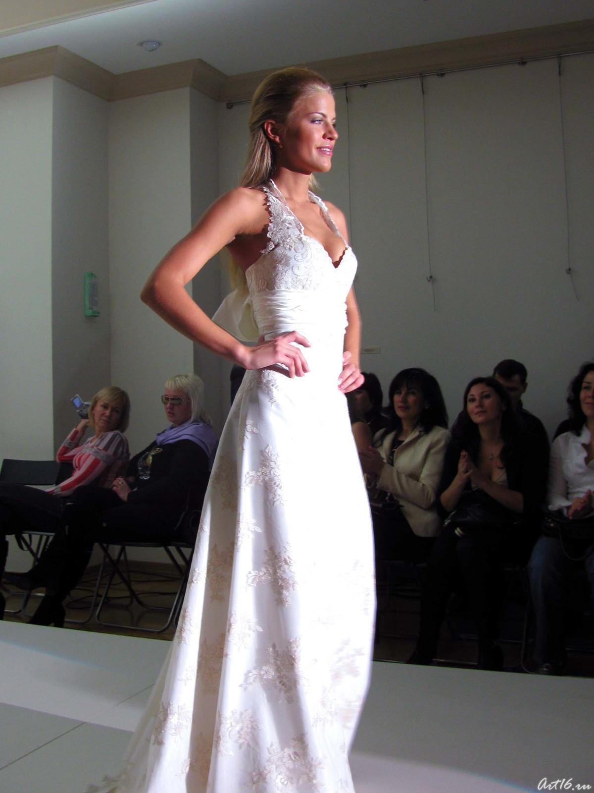 Фото №21493. Дефиле в свадебных платьях _0989