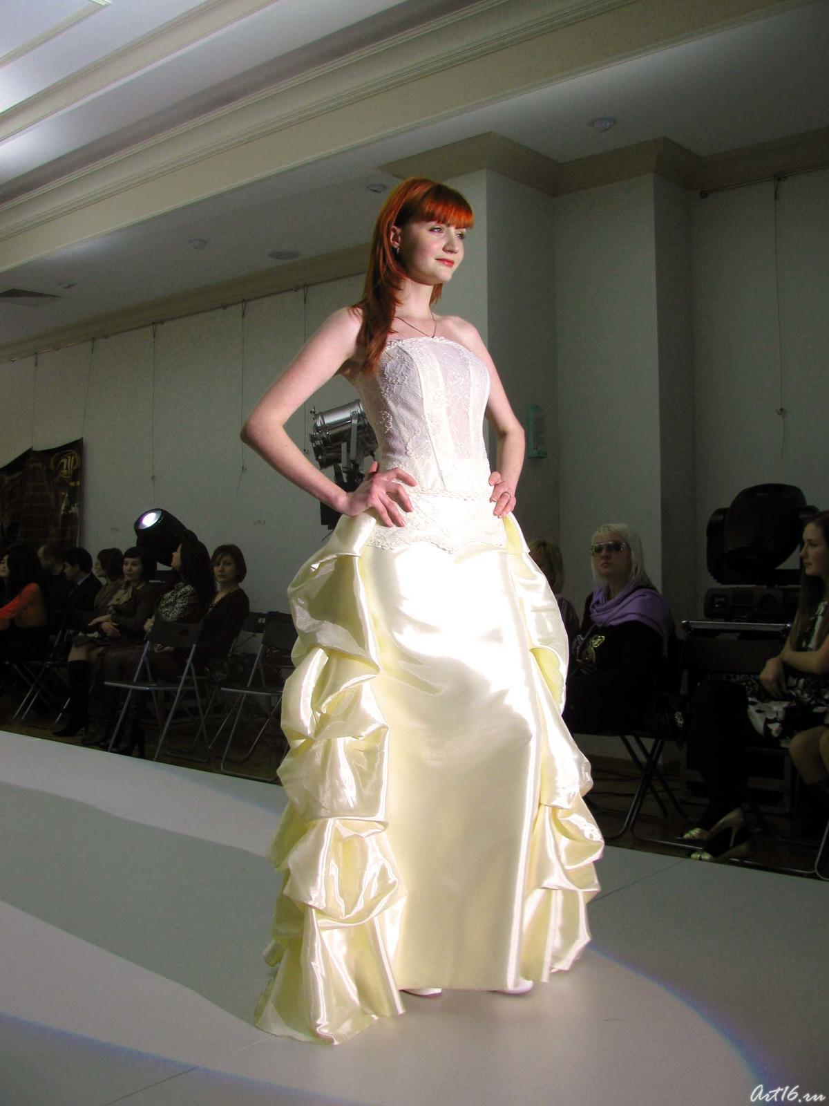 Фото №21511. Дефиле в свадебных платьях _1001