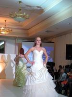 Дефиле в свадебных платьях _1004