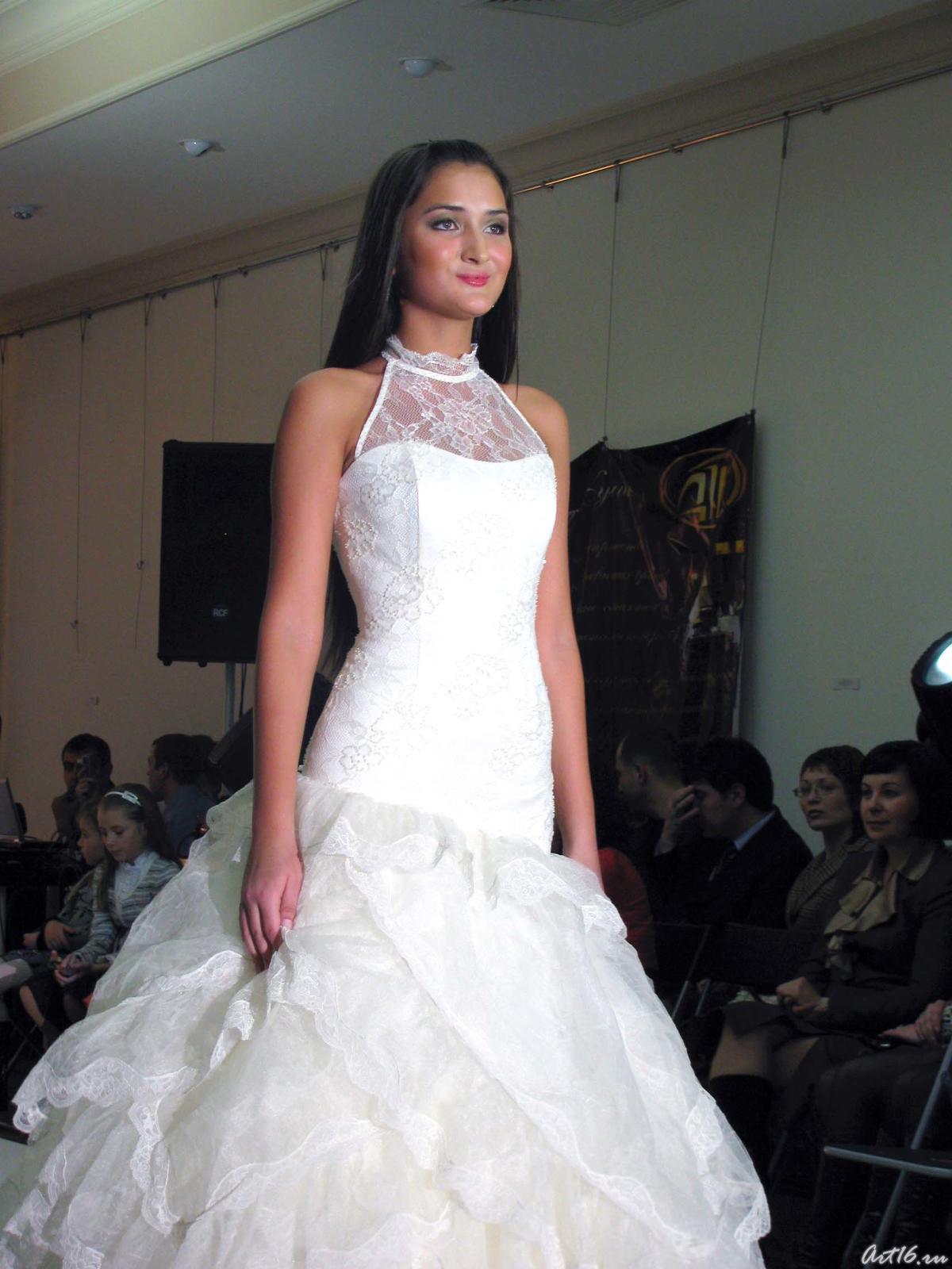 Фото №21535. Дефиле в свадебных платьях _1006