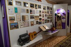 Фрагмент экспозиции. Арский музей литературы и искусства