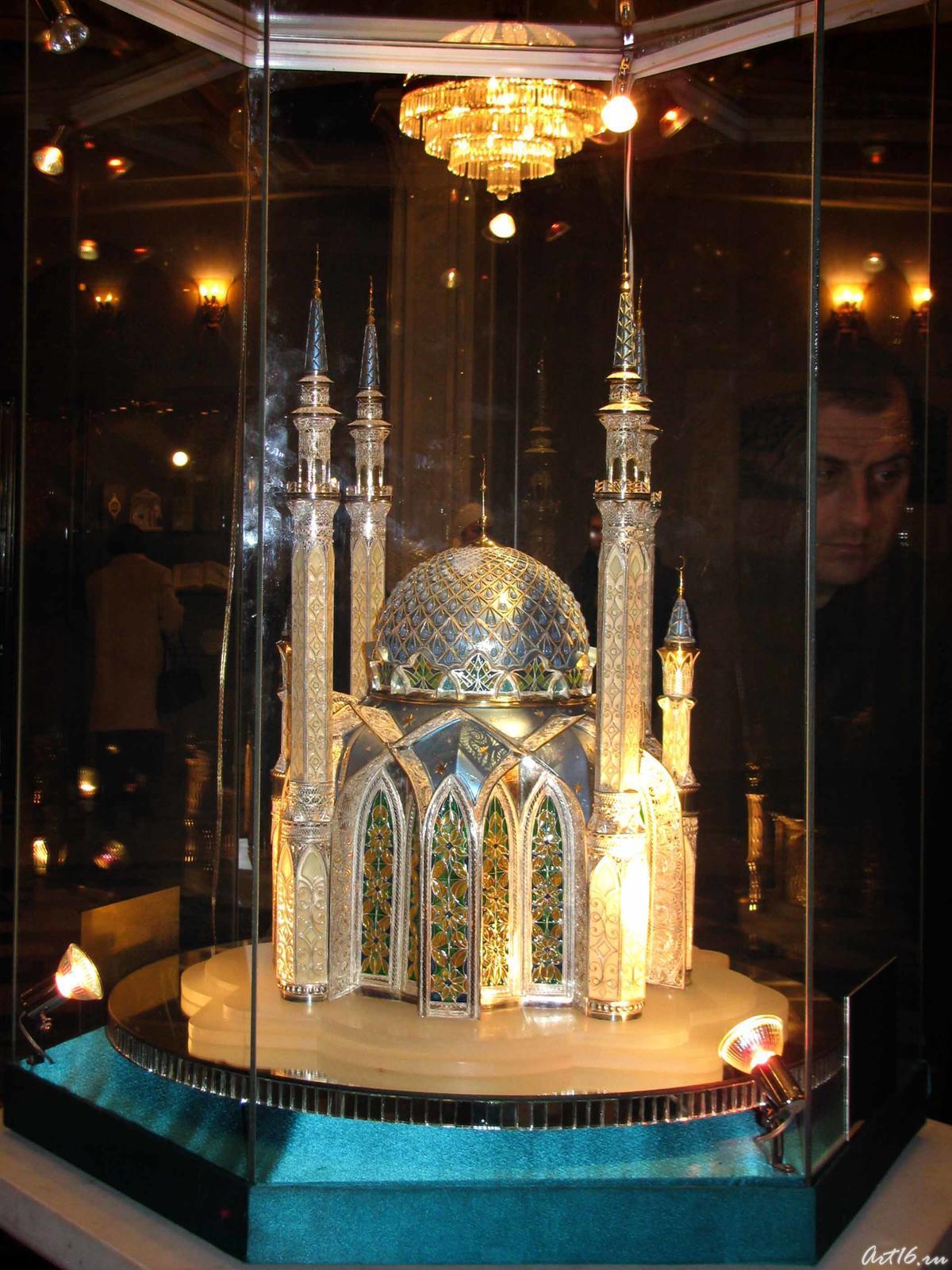 Фото №21912. Макет мечети Кул Шариф