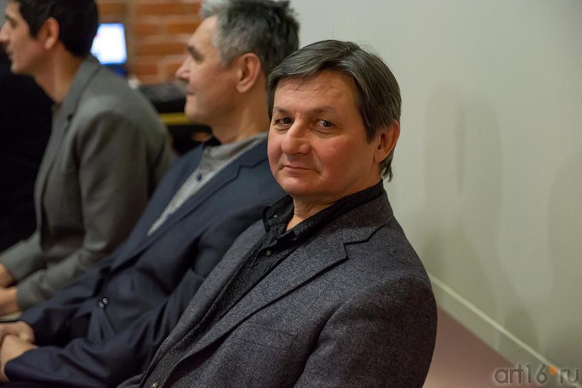 Рустам Салихов::Оптические переживания. Выставка абстрактного искусства в ЦСИ «Смена»