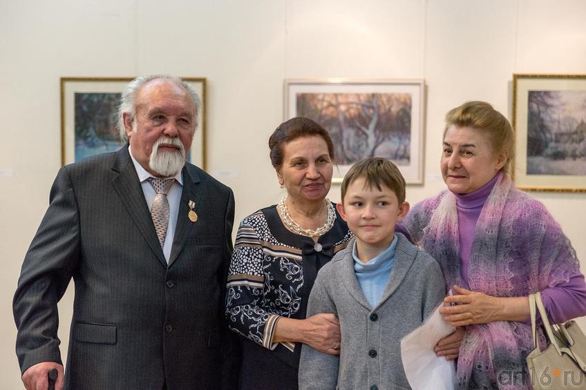 Фото №221472. Суюров Ф.А., Супруга, внук,...