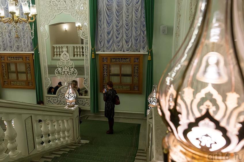 Фото №221706. Лестница в казанском оперном театре