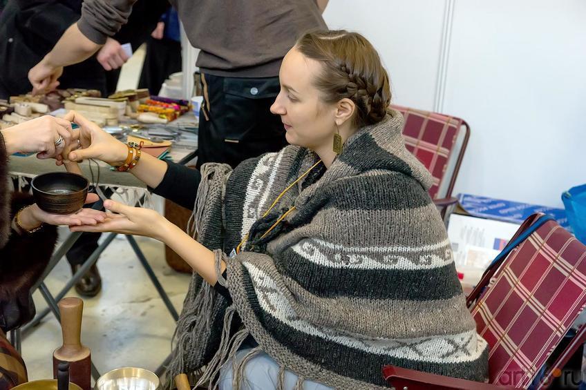 Тибетские поющие чаши::«АРТ- галерея. Казань 2014»