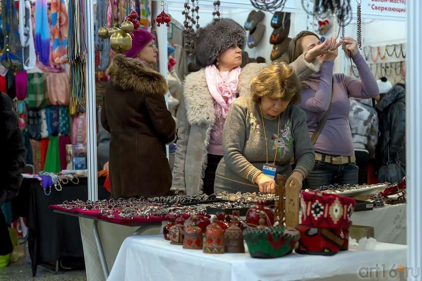 На ярмарке::«АРТ- галерея. Казань 2014»