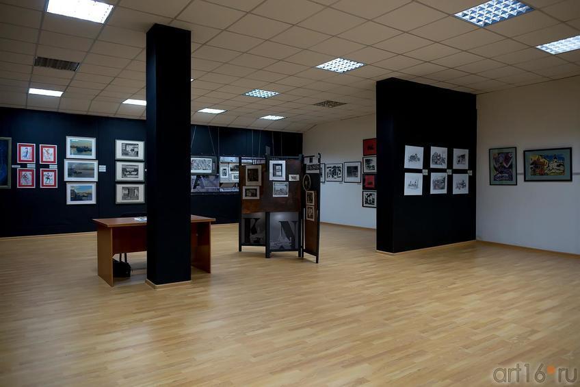 ::Выставка претендентов на премию им. Б.Урманче