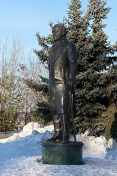 Карл Фукс. Памятник в Казани.  Авторы скульптуры: И.Башмаков, А. Минулина