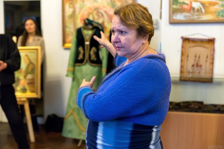 Светлана Колина::Летели гуси над Казанью. Выставка