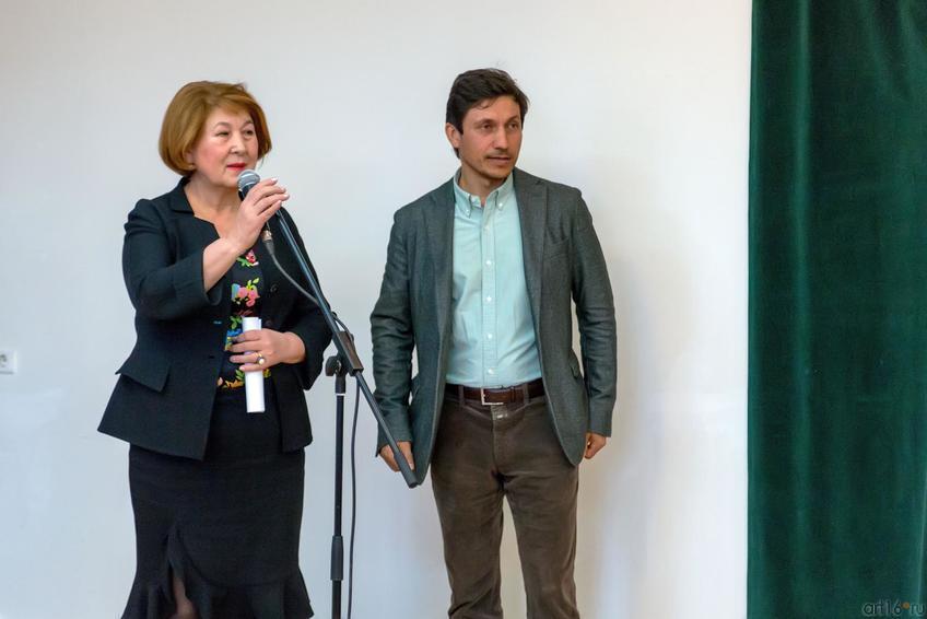 З.Валеева, Р.Сулейманов::«В поисках истины» Расим Бабаев. Живопись, графика