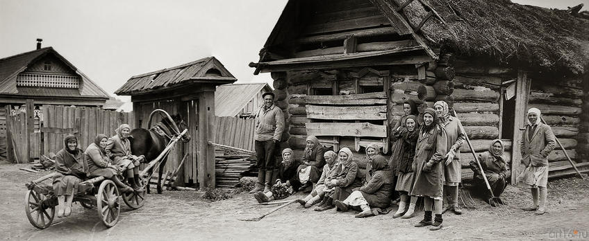 Фото №272606. Владимир Зотов. В ДЕРЕВНЕ ШАДКИ. Татарстан. 1967