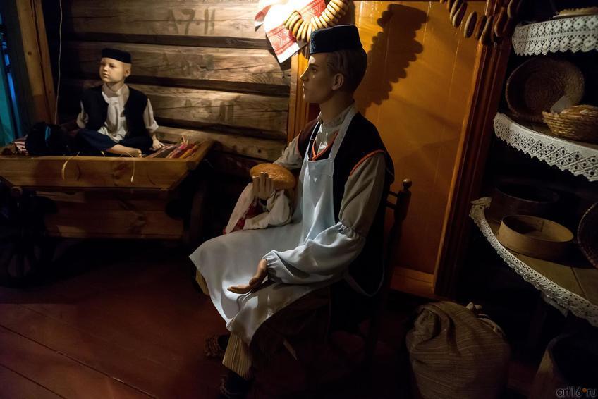Фото №273019. Стилизованный пекарь. Лавка пекаря Хакима