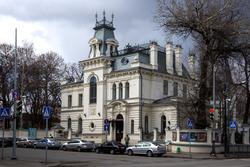 улица Карла Маркса, 64 (ГМИИ РТ, Дом-усадьба  генерала Сандецкого)
