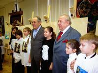 М. Шаймиев и З. Церетели в окружении молодых дарований Татарстана