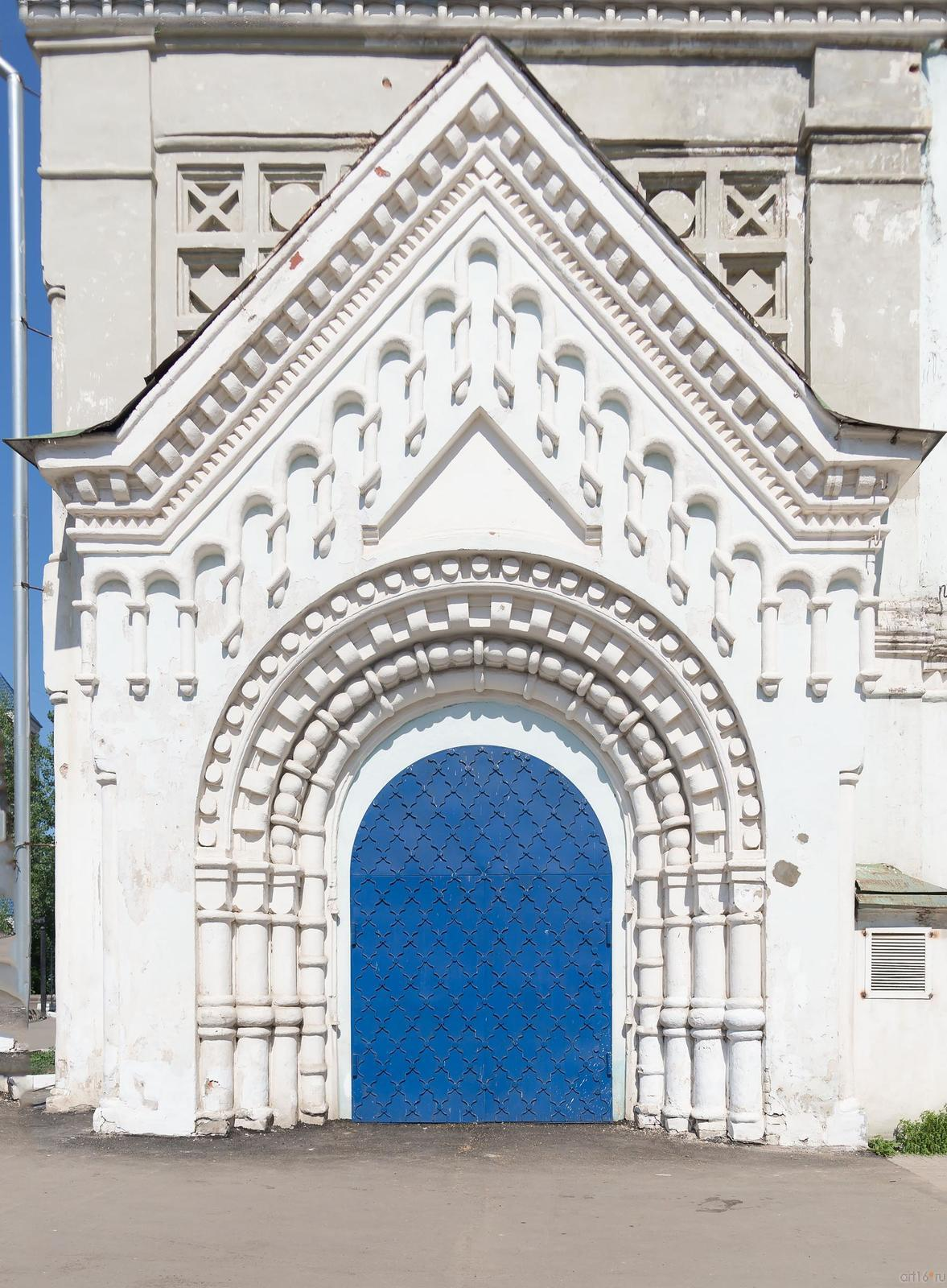 Фото №315448. Богоявленская церковь. Портал